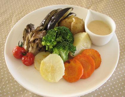 野菜のグリル~味噌ヨーグルトソース添え~